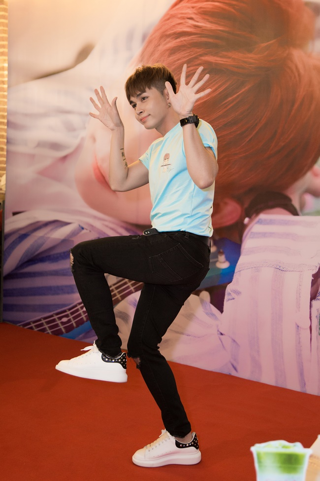 jun pham to chuc showcase tam su voi fans ve chuyen yeu jun vu