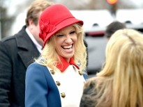 kellyanne conway ke gop suc dua donald trump len lam tong thong my se tham gia real housewives