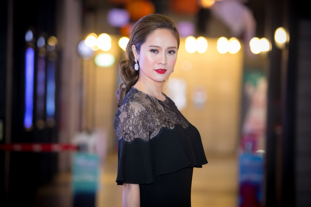 thanh thuy anh thinh khien toi noi dien hang ngay