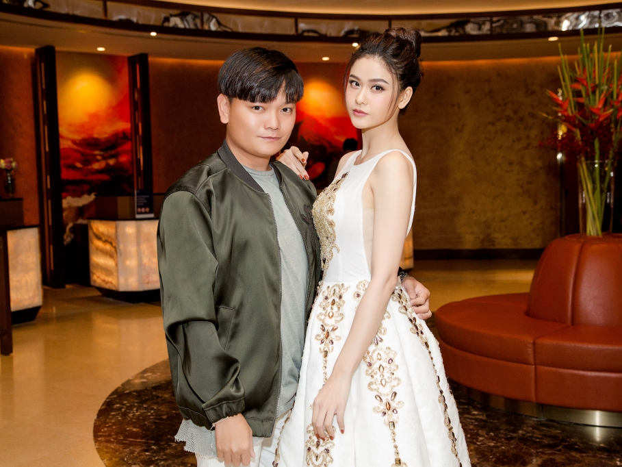 truong quynh anh ruc sang canh stylist trinh tu trung