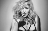 ai se dong madonna trong phim blond ambition